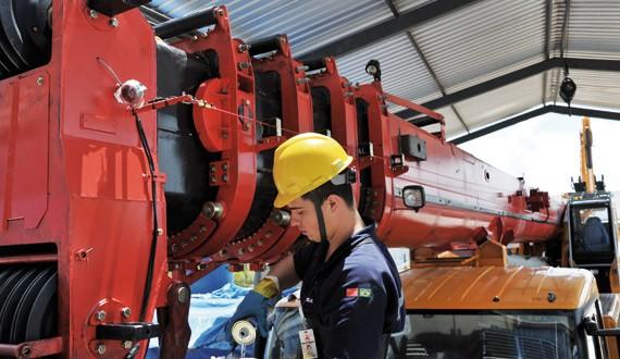 guindastes_revista_mt_maquinas_e_equipamentos