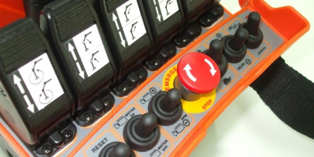 Operando Controle Remoto Alfatronic TRM-6